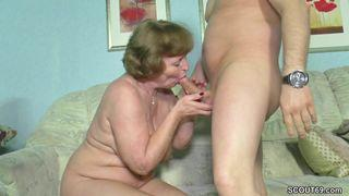 Großmutter Ficken